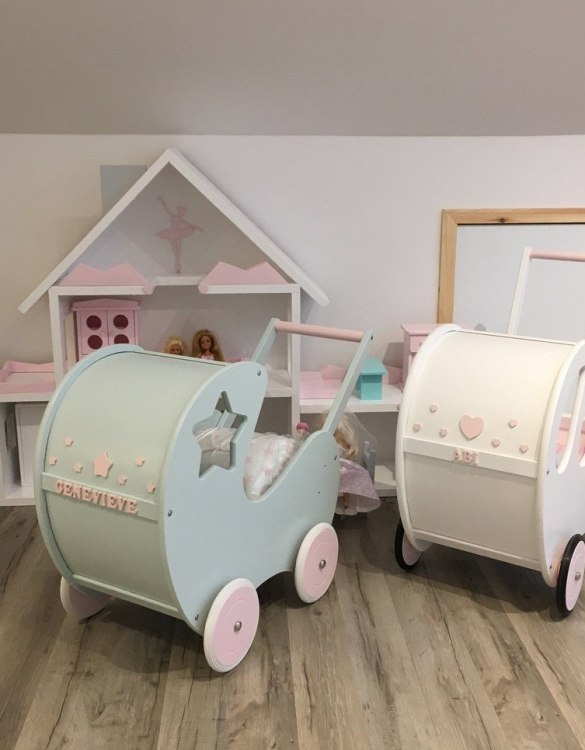 Perfect for taking dolly or teddy for a walk, the Handmade Wooden Doll Pram Star Mint will parkle your child's imagination and create hours and hours of play! This gorgeous wooden pram is perfect for little girls to take their favourite dolls for a ride, it has rubber wheels and is suited to younger children.