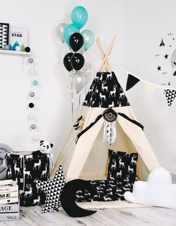 Give your little one the space they need to let their imagination flow with the Child's Teepee Set Forest's Order. This handcrafted children's teepee tent is a versatile play space which is as beautiful as it is fun.