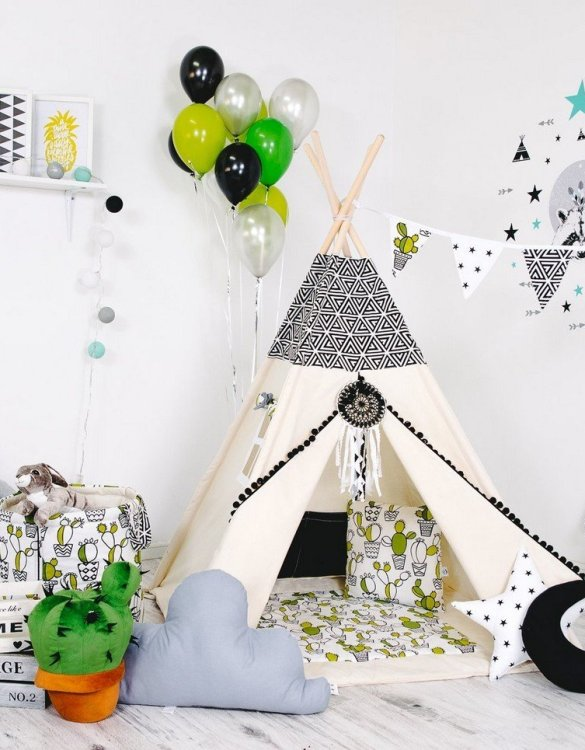 Give your little one the space they need to let their imagination flow with the Child's Teepee Set Mexican Fun. This handcrafted children's teepee tent is a versatile play space which is as beautiful as it is fun.