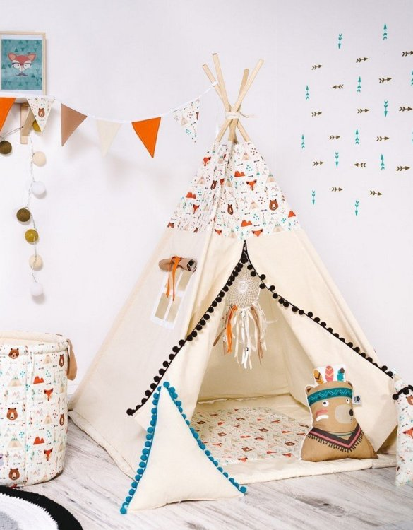 Give your little one the space they need to let their imagination flow with the Child's Teepee Set My Friend Teddy. This handcrafted children's teepee tent is a versatile play space which is as beautiful as it is fun.