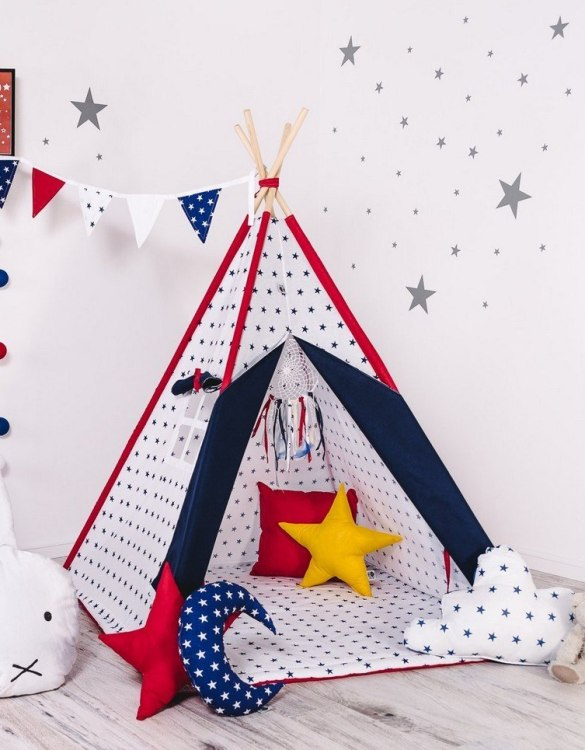 Give your little one the space they need to let their imagination flow with the Child's Teepee Set Stardust. This handcrafted children's teepee tent is a versatile play space which is as beautiful as it is fun.