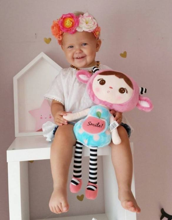 Perfect to capture the essence of an idyllic childhood, the Personalised Smile Mint Doll makes the perfect gift for your little one. This personalised baby doll is a really popular gift for little girls and is suitable for newborn babies too.