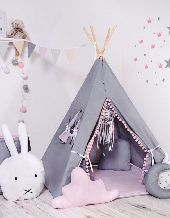 Give your little one the space they need to let their imagination flow with the Child's Teepee Set Bubbles. This handcrafted children's teepee tent is a versatile play space which is as beautiful as it is fun.