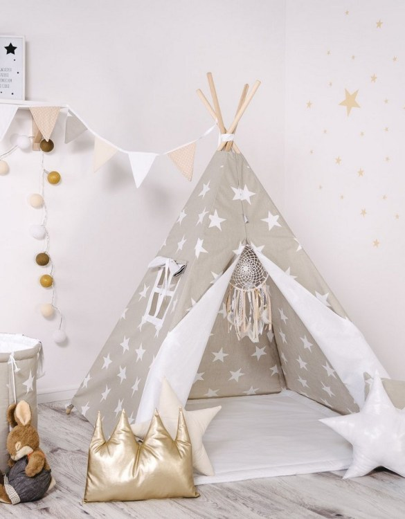 Give your little one the space they need to let their imagination flow with the Child's Teepee Set Cookie Kingdom. This handcrafted children's teepee tent is a versatile play space which is as beautiful as it is fun.
