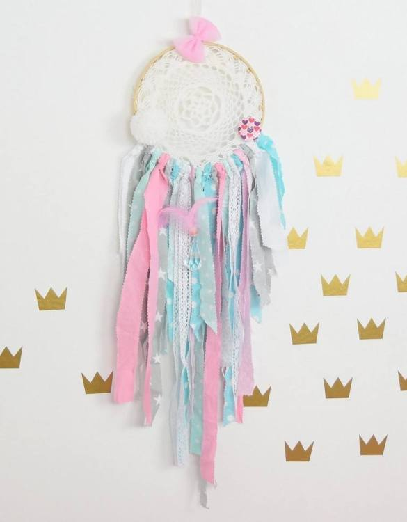 Giving a minimalist feel, the Prima Ballerina Dreamcatcher is the perfect accessory for a children's bedroom or toy room. A gorgeous, whimsical dreamcatcher to get rid of and dreams and bring in magical ones.