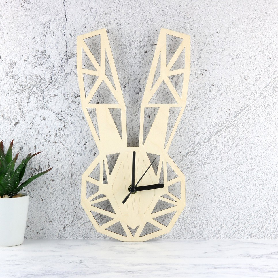 Decorative Wall Clock – Geometric Lola Bunny