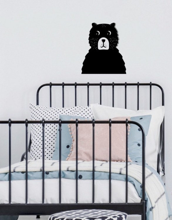 A simple and contemporary gift, the Bear Wall Sticker is the perfect finishing touch to a baby's nursery or little girl's nursery bedroom or playroom.