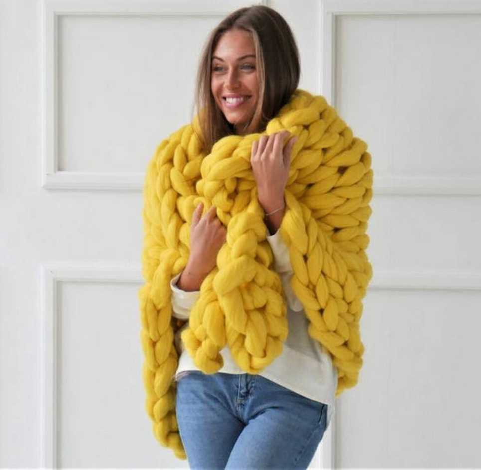 Yellow Chunky Knit Blanket – 3