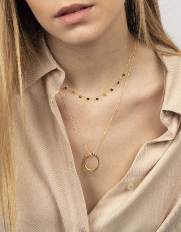 With a sleek, minimal and contemporary design, the Coin Gold Necklace is the perfect everyday accessory for effortless elegance. This special sterling silver necklace has been designed to represent happiness, so whoever wears can be set on the path to joy.