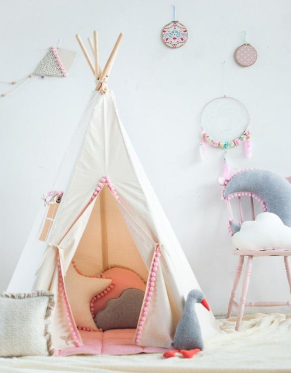 A beautifully handcrafted playtent for little adventurers, the Fluffy Pompons Children's Play Teepee is a versatile play space which is as beautiful as it is fun. Younger children will enjoy playing camp, hosting a tea party and allowing their imagination to run free (a shop one day a space rocket the next!).