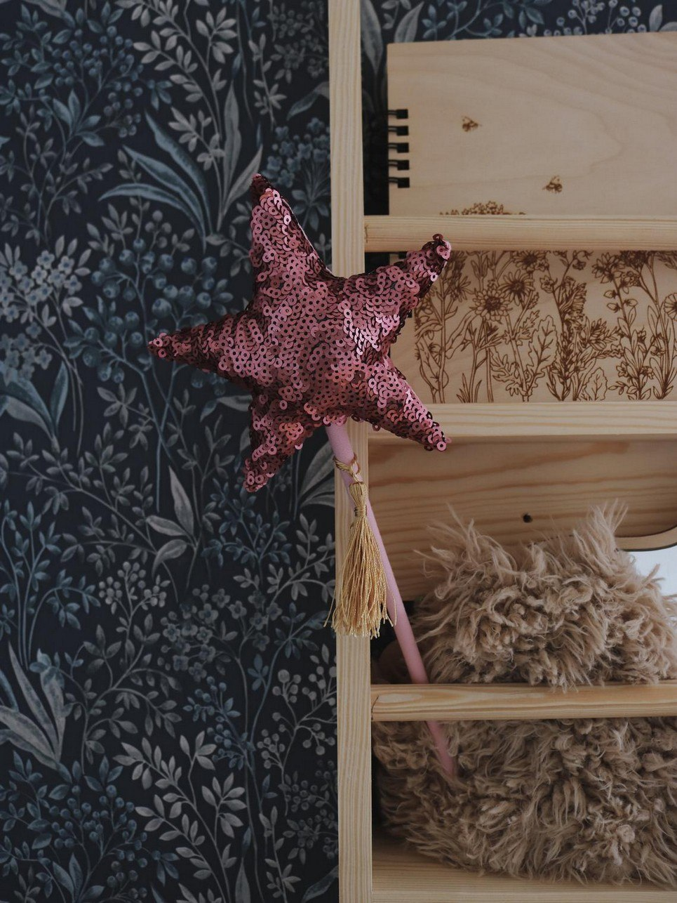 Pink Sequins Magic Wand