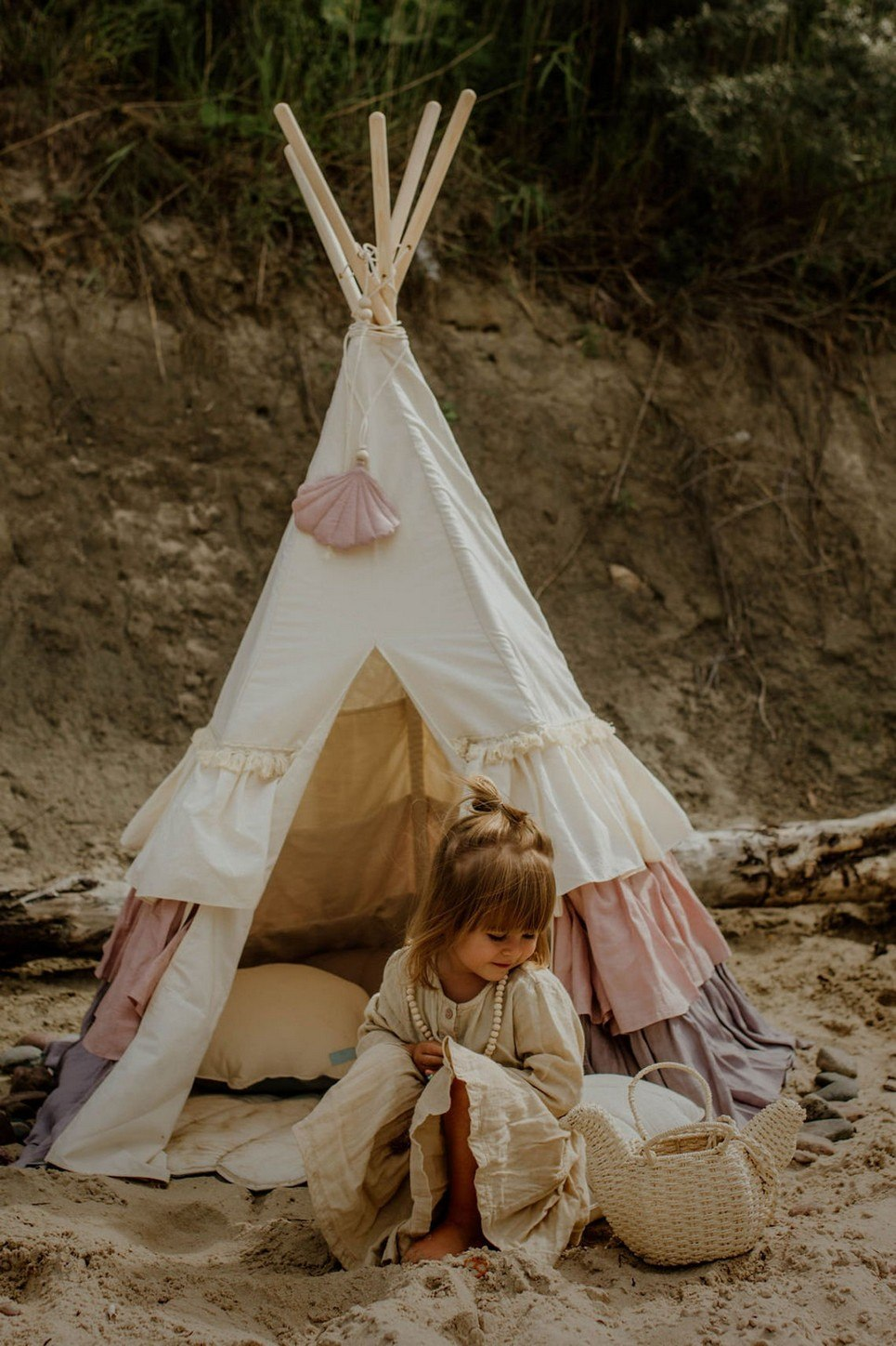 Powder Frills Children's Play Teepee
