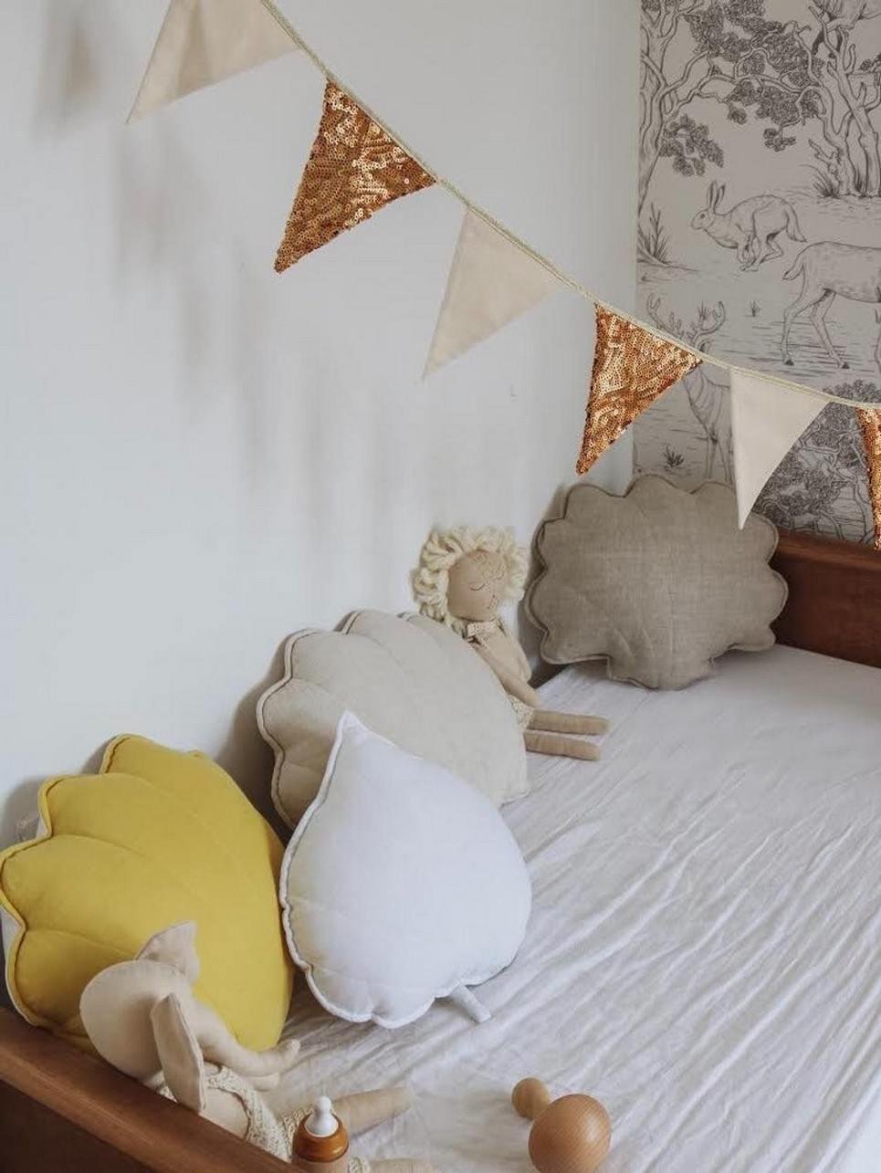 White Linen Leaf Cushion