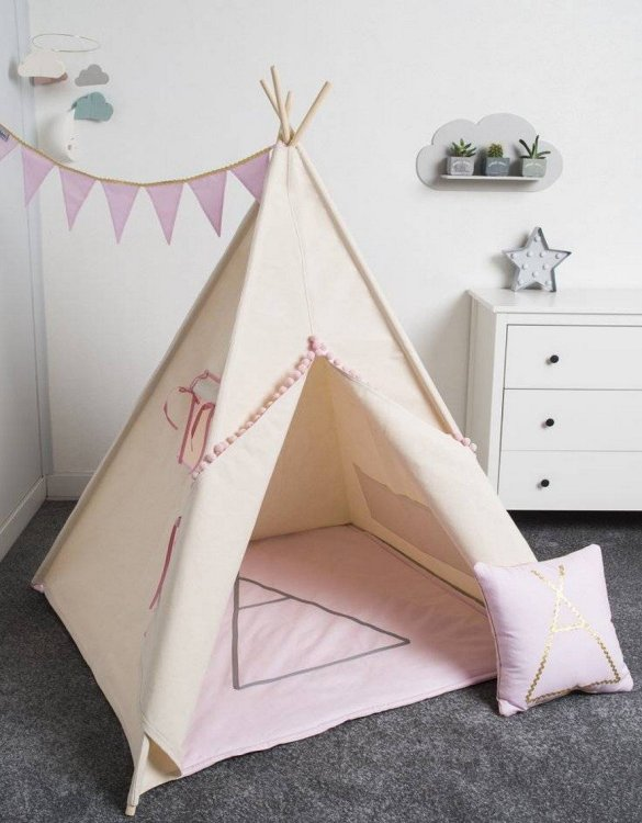 Watch your children create their own adventures with Gold Children's Play Teepee! Every little adventure needs their own space to let their imaginations run wild and this kids play tent is just perfect.