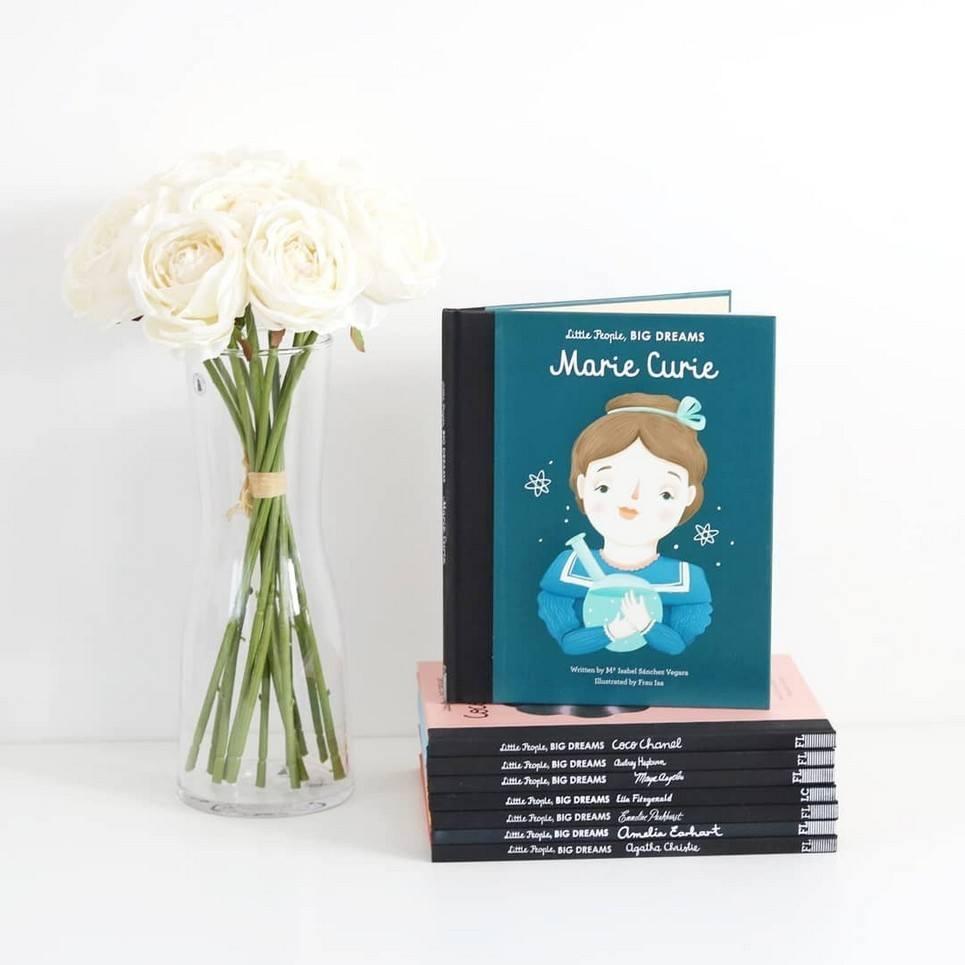 Little People, Big Dreams Marie Curie