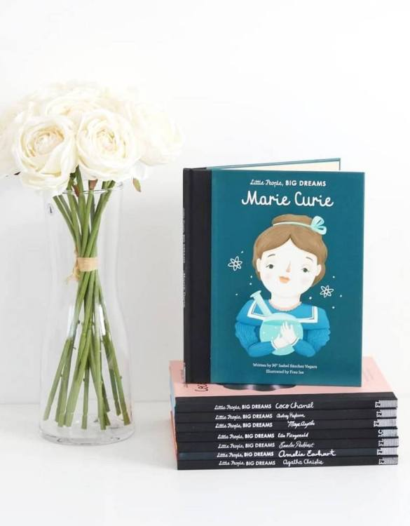 A great gift book for young people, the Little People, Big Dreams: Marie Curie Children's Book will be a joy a read and keep as a personal and lasting record of time spent with friends both in and out of school.