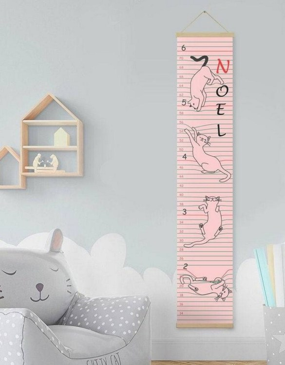 How high are your little creatures? Chart your child's growth development with the Personalised Cat Child Growth Chart. This personalised growth chart will look perfect in your children's bedroom, nursery or playroom.