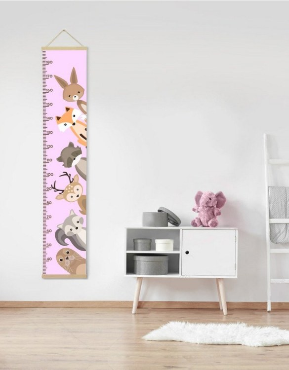 How high are your little creatures? Chart your child's growth development with the Personalised Custom Animals Child Growth Chart. This personalised growth chart will look perfect in your children's bedroom, nursery or playroom.