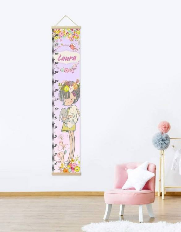 How high are your little creatures? Chart your child's growth development with the Personalised Flowers Child Growth Chart. This personalised growth chart will look perfect in your children's bedroom, nursery or playroom.