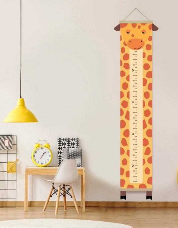 How high are your little creatures? Chart your child's growth development with the Personalised Giraffe Child Growth Chart. This personalised growth chart will look perfect in your children's bedroom, nursery or playroom.