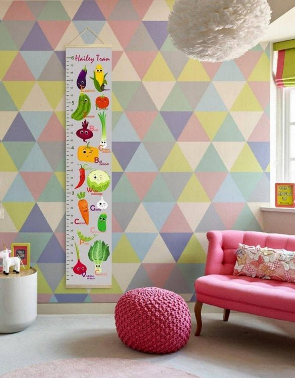 How high are your little creatures? Chart your child's growth development with the Personalised Grey Funny Vegetables Child Growth Chart. This personalised growth chart will look perfect in your children's bedroom, nursery or playroom.
