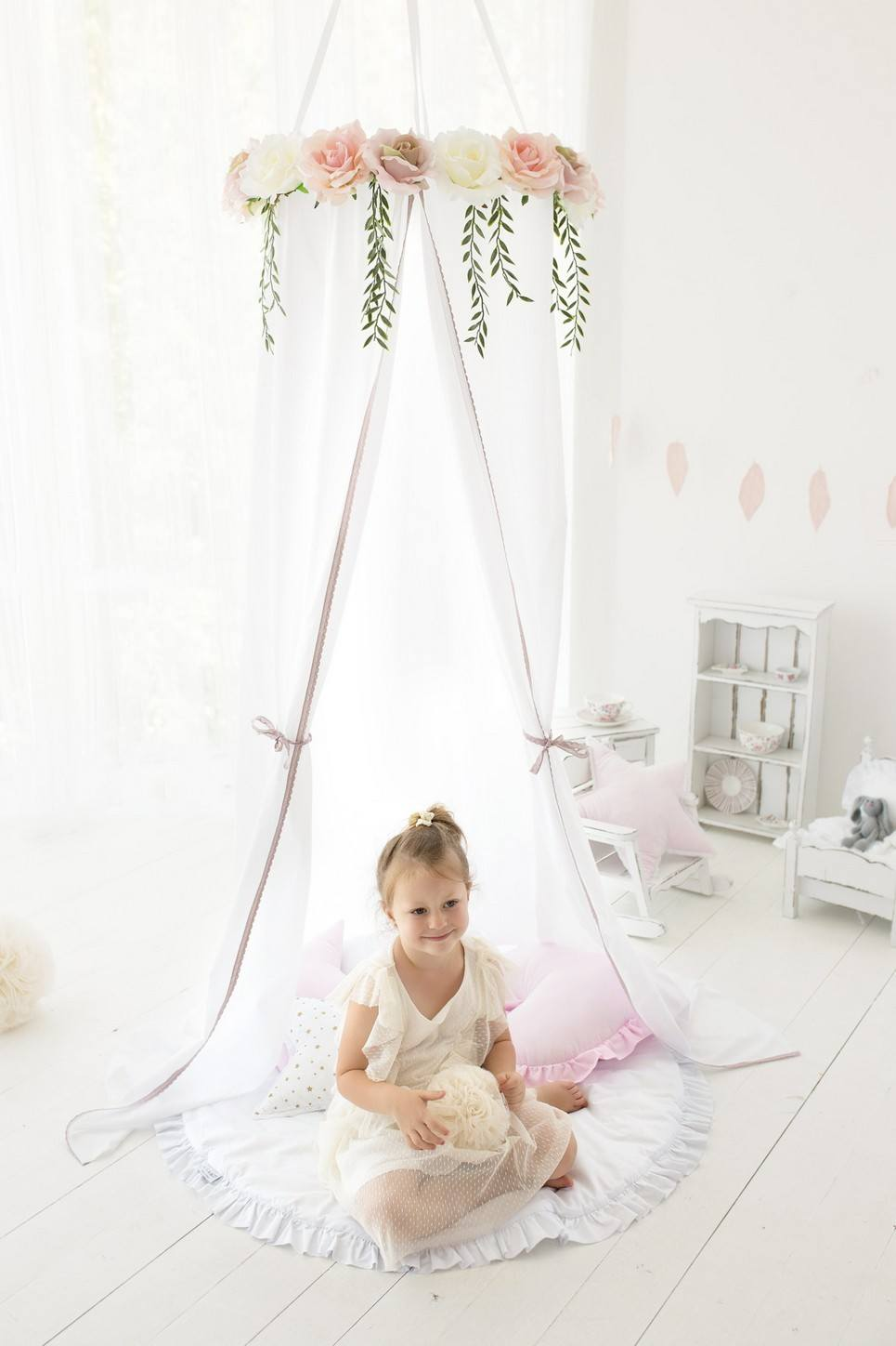White Roses Children's Canopy with Flowers