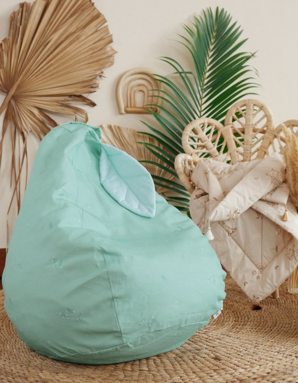 The perfect choice for toddlers and small children, the Minty Green Classy Children's Bean Bag is super comfortable to relax on. This kid's bean bag shape creates the perfect little chair for your youngster to enjoy relaxing, reading or watching their favourite movies.