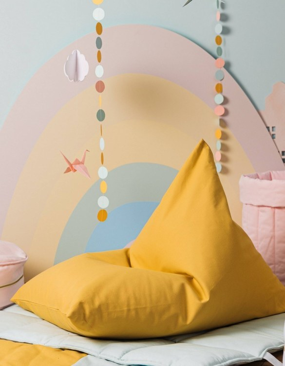 The perfect choice for toddlers and small children, the Plain Mustard Classy Children's Bean Bag is super comfortable to relax on. This kid's bean bag shape creates the perfect little chair for your youngster to enjoy relaxing, reading or watching their favourite movies.