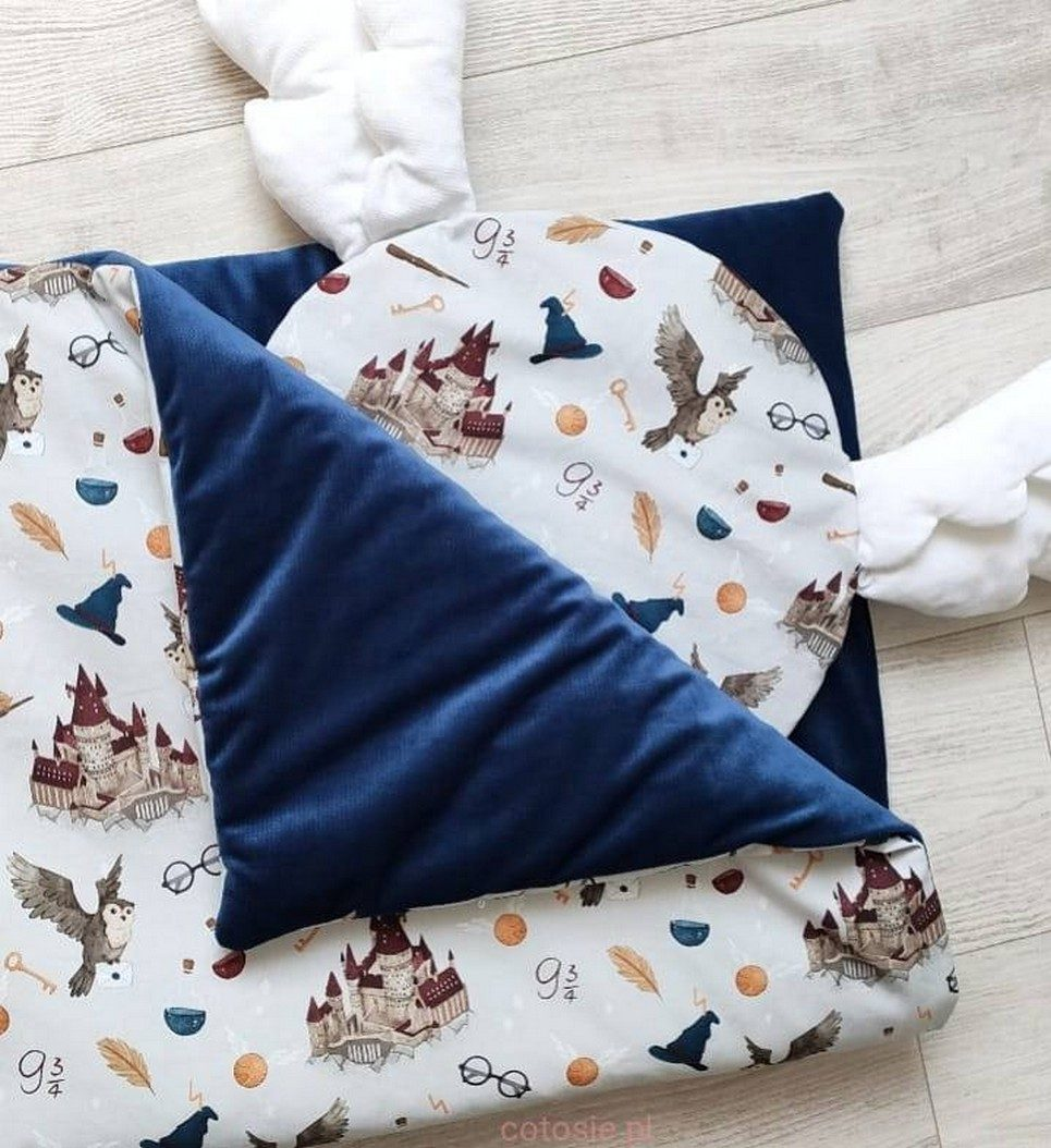 Baby Cot Bedding Set – Round Pillow with Wings – 1
