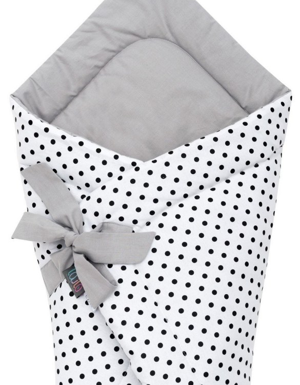 A delightful new-born baby or baby shower present, the Black Dotty Swaddle Blanket makes a truly unique gift. Babies love to be cuddled from birth as it reminds them of the womb- an environment they spent a lot of time in while they developed.