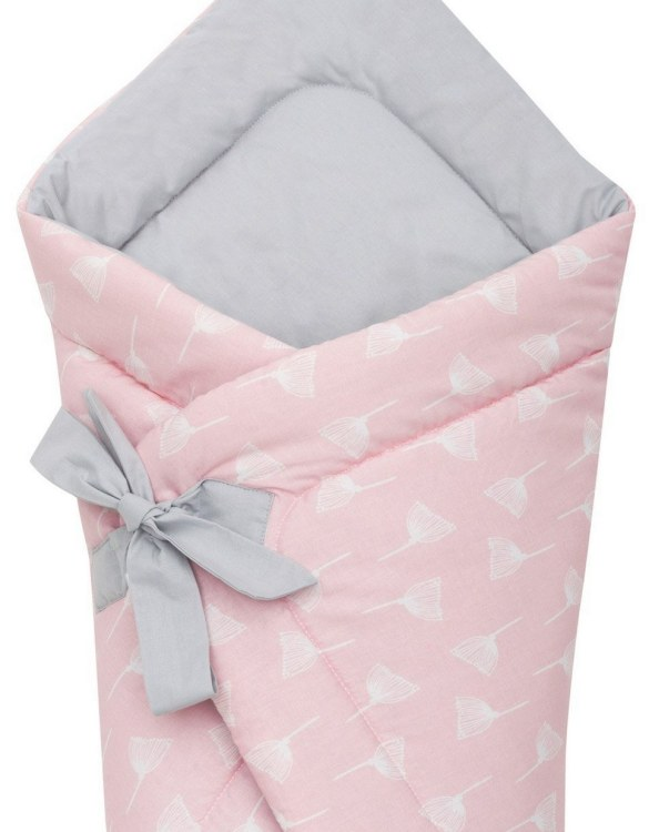 A delightful new-born baby or baby shower present, the Dandelion Swaddle Blanket makes a truly unique gift. Babies love to be cuddled from birth as it reminds them of the womb- an environment they spent a lot of time in while they developed.