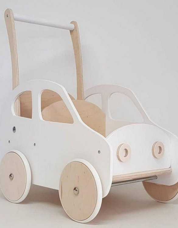 Colourful, fun and educational, the White Fluff Personalised Wooden Baby Walker will satisfy the most demanding children. This will fulfill their innermost dreams. A personalized wooden walker in the shape of a car for children. Thanks to it, the child will learn to walk and will have fun at the same time.