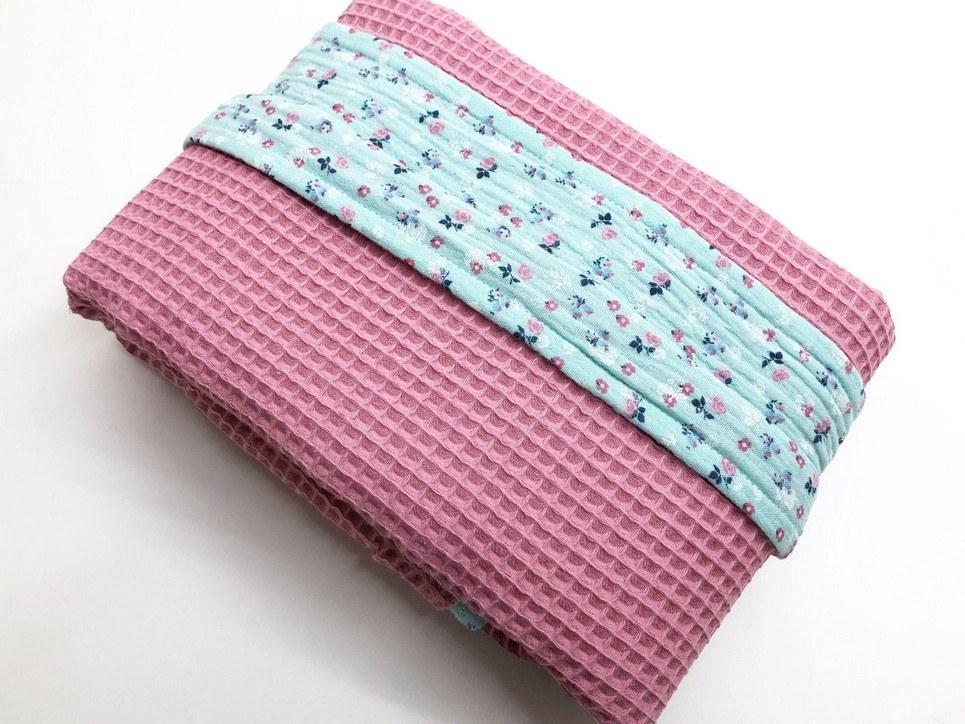 Coral Pink – Blue Flower Waffle Blanket