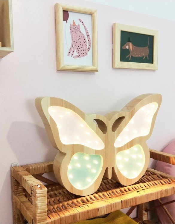 Creating a special and warming atmosphere in your bedroom, the Mint Wooden Butterfly Lamp is ideal for a night light or as a gift. The butterfly lamp will take everyone to the colorful world of spring and long, warm days. With its presence and warm light, it will certainly help you fall asleep.