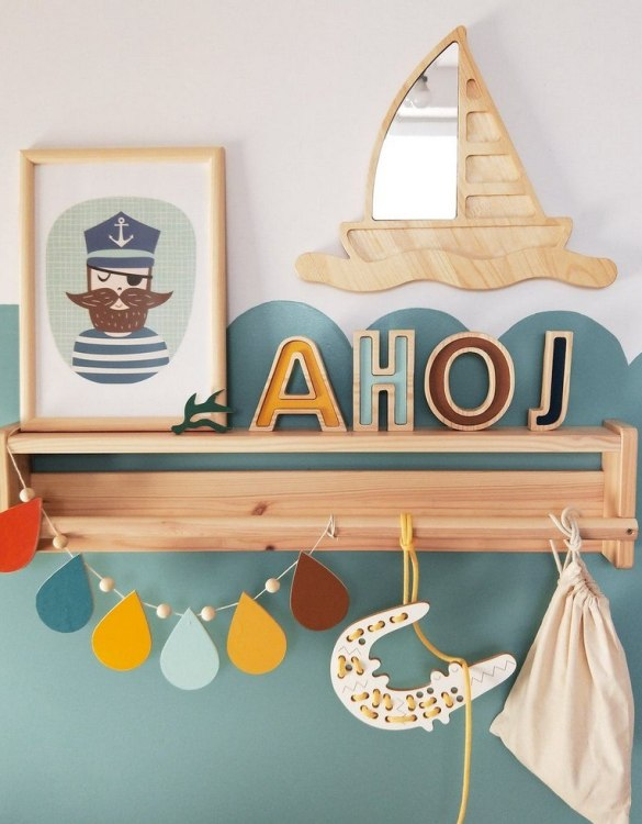 A modern design that will please you and your little one, the Solid Pinewood Mirror Boat fits perfectly in the nursery or kids' room. Safe and unbreakable acrylic mirror made of high-quality solid pinewood.