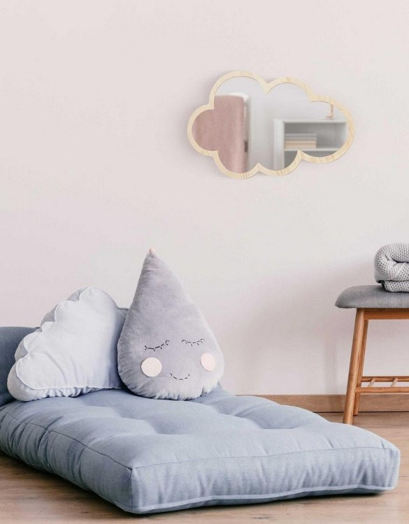 A modern design that will please you and your little one, the Solid Pinewood Mirror Cloud fits perfectly in the nursery or kids' room. Safe and unbreakable acrylic mirror made of high-quality solid pinewood.