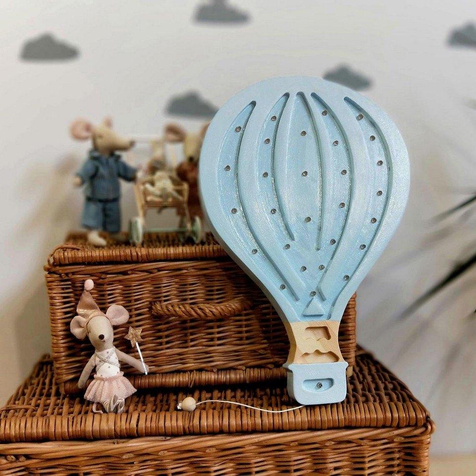 Wooden Ballon Lamp