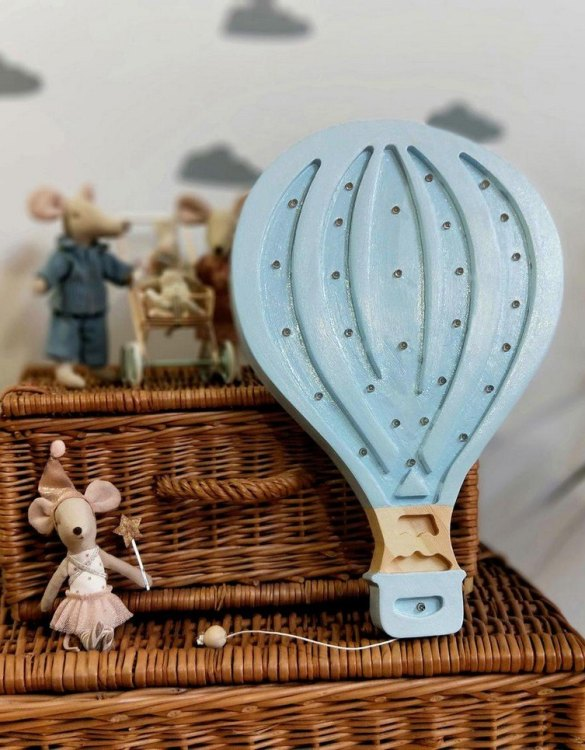 Creating a special and warming atmosphere in your bedroom, the Wooden Balloon Lamp is ideal for a night light or as a gift. The wooden balloon will be a beautiful addition to the room of little explorers and travelers. With its presence and warm light, it will certainly help you fall asleep.