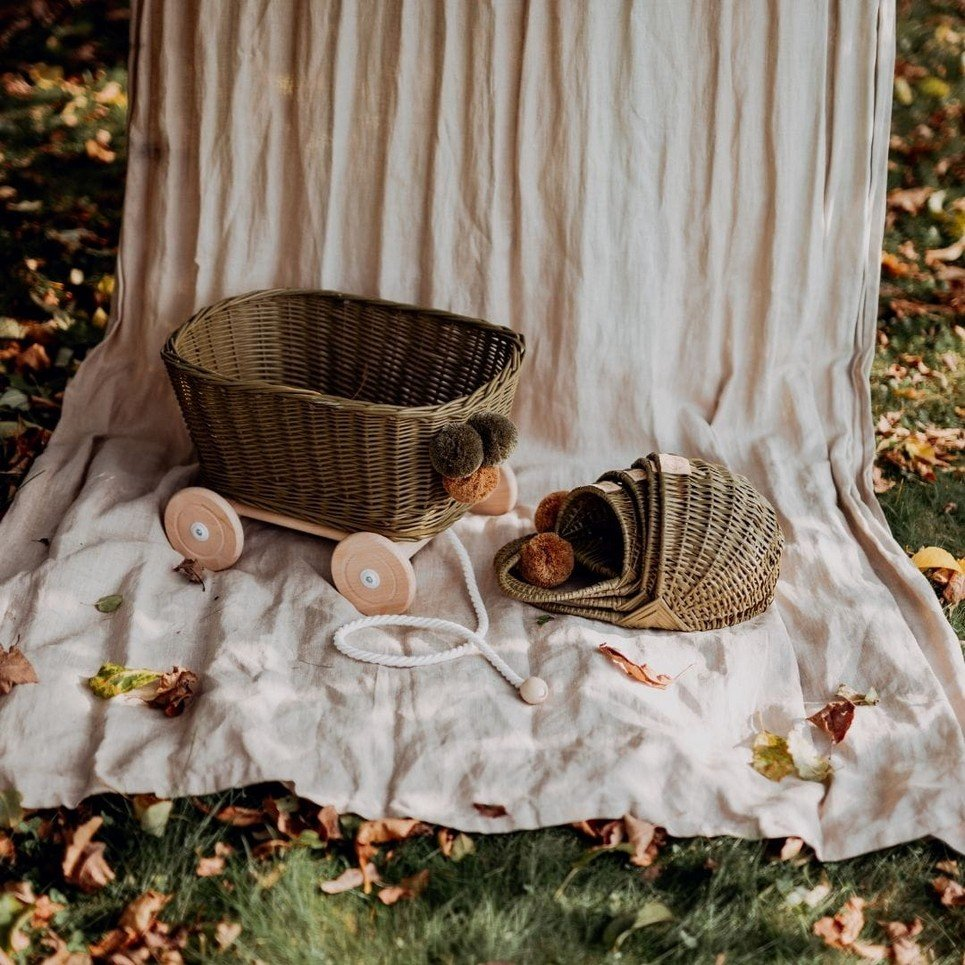 Khaki Wicker Pull Cart – 1