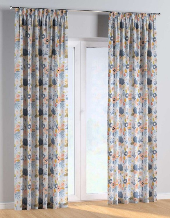 For all those early risers, the Magic Flowers Pencil Pleat Kids Curtains is truly a delightful theme for an imaginative toddler. These colourful and vibrant nursery curtains are suitable for girls, boys or toddler bedrooms.