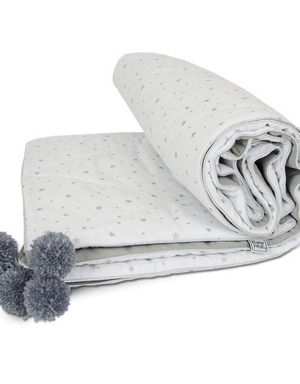 A beautiful addition to your child's bed, the Shiny Star Children's Bed Throw will cheer up any room and give an amazing, stylish look. This children's throw would make a wonderful new baby gift or baby keepsake and will look beautiful in their nursery.