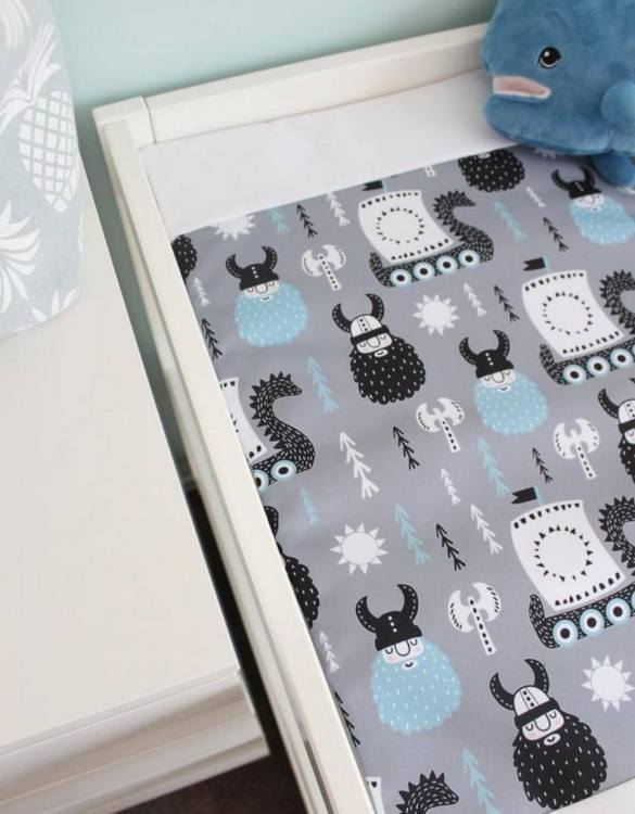 A perfect gift for a new baby, the Vikings Waterproof Winding Mat is ideal for keeping the little one comfortable and snuggly while changing. Super practical and stylish with a waterproof lining and it comes in your favourite prints.
