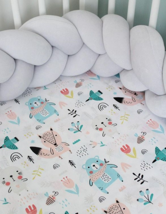 Perfect as a gender-neutral choice, the Bear-Fox Girl Fitted Crib Sheet will fit any crib bed or next to me pods. This fitted cot sheet is a perfect addition to spruce up your little bub's nursery.