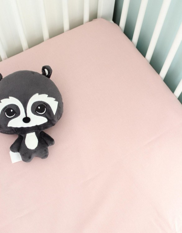 Perfect as a gender-neutral choice, the Dirty Pink Fitted Crib Sheet will fit any crib bed or next to me pods. This fitted cot sheet is a perfect addition to spruce up your little bub's nursery.