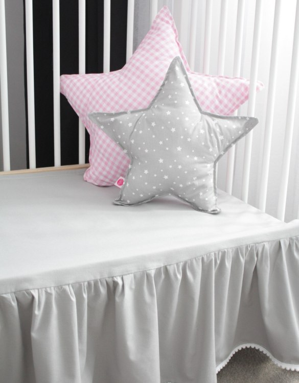 Special decoration of every baby cot, the Grey Crib Bed Skirtt covers the space between the drawer and the bottom of the cot and mattress.