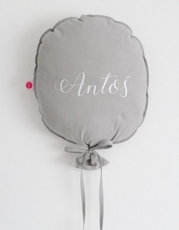 Perfect to bring the child inside everyone, the Dark Grey Personalized Balloon Pillow is a wonderfully decorative and timeless addition to any child's room. This beautiful nursery balloon pillow is made from soft and cosy cotton.