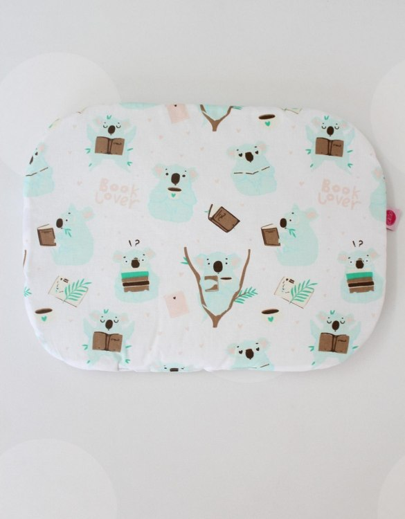 Beautifully soft and cuddly, the Koala Baby Flat Head Pillow is an adorable gift for a baby shower and also for nursery or kids' room decoration. A child up to 2 years old should sleep on a flat pillow.