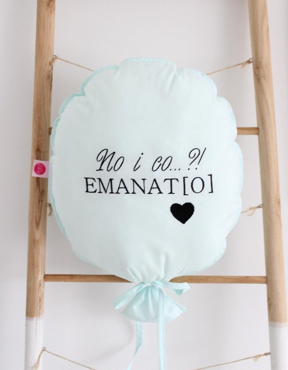 Perfect to bring the child inside everyone, the Mint with Black Personalized Balloon Pillow is a wonderfully decorative and timeless addition to any child's room. This beautiful nursery balloon pillow is made from soft and cosy cotton.
