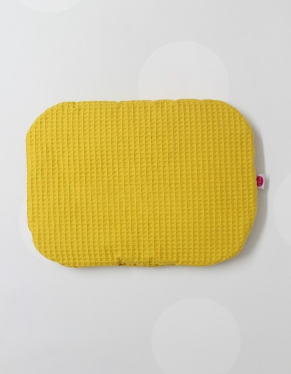 Beautifully soft and cuddly, the Mustard Waffel Baby Flat Head Pillow is an adorable gift for a baby shower and also for nursery or kids' room decoration. A child up to 2 years old should sleep on a flat pillow.