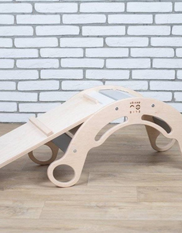 A great choice for playtime, the 5in1 Natur Rainbow Montessori Balance Board and Plank will quickly become your household's most beloved toy as well. This rocking toy will stimulate your toddler's senses, awaken their imagination, strengthen muscles and will promote the development of balance.